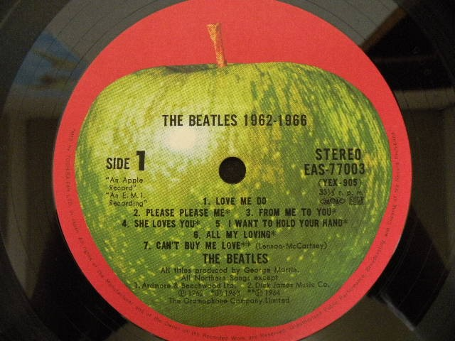 BEATLES-62-66(1976_JP)_label-1.jpg
